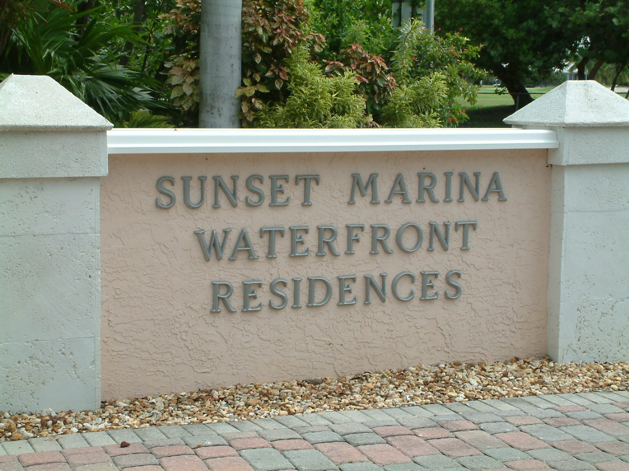 sunset marina key west entrance