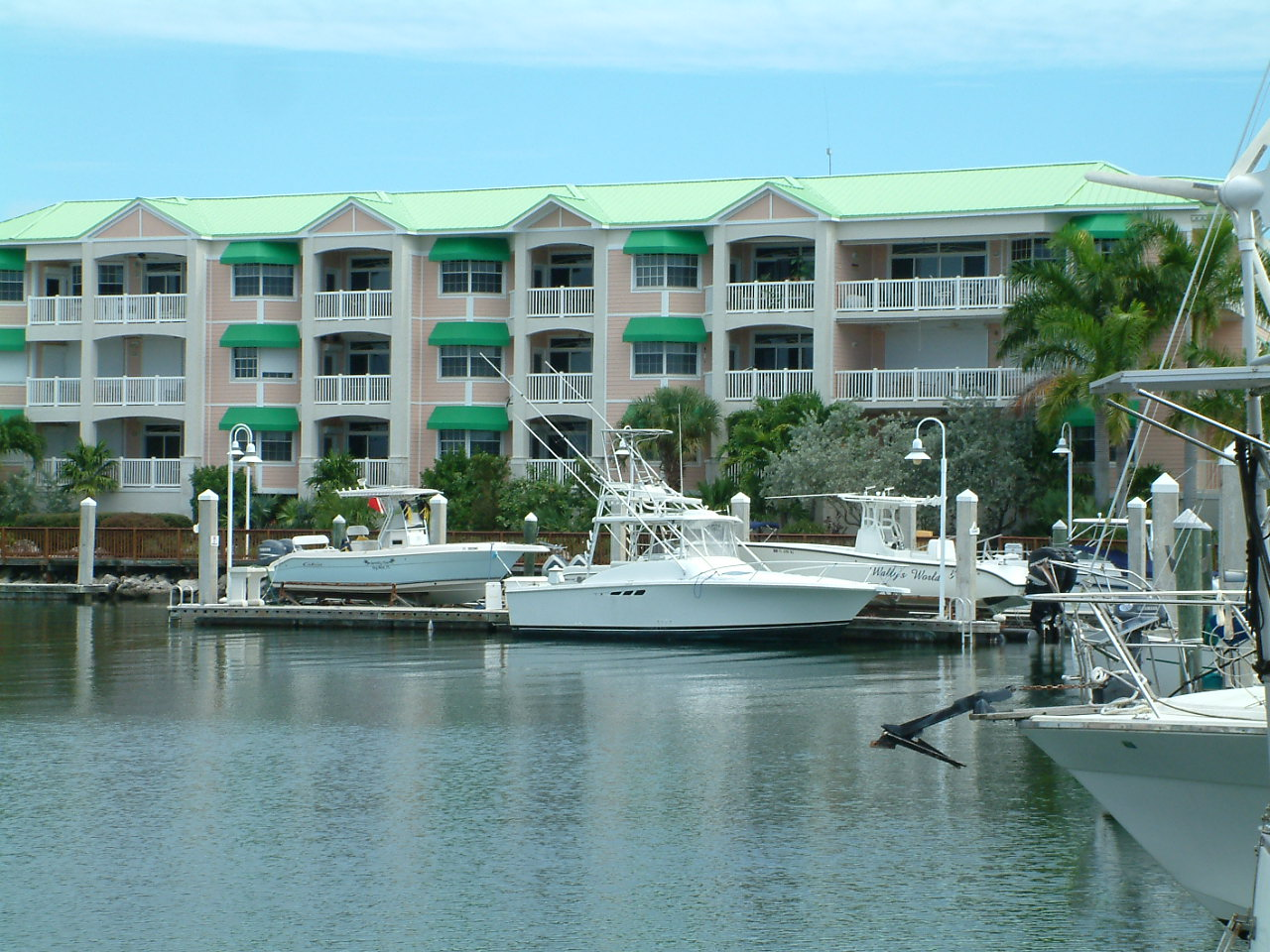 key west sunset marina boating opportunities